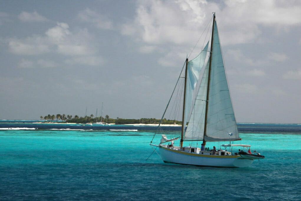 Tobago Cays sailing, Caribbean