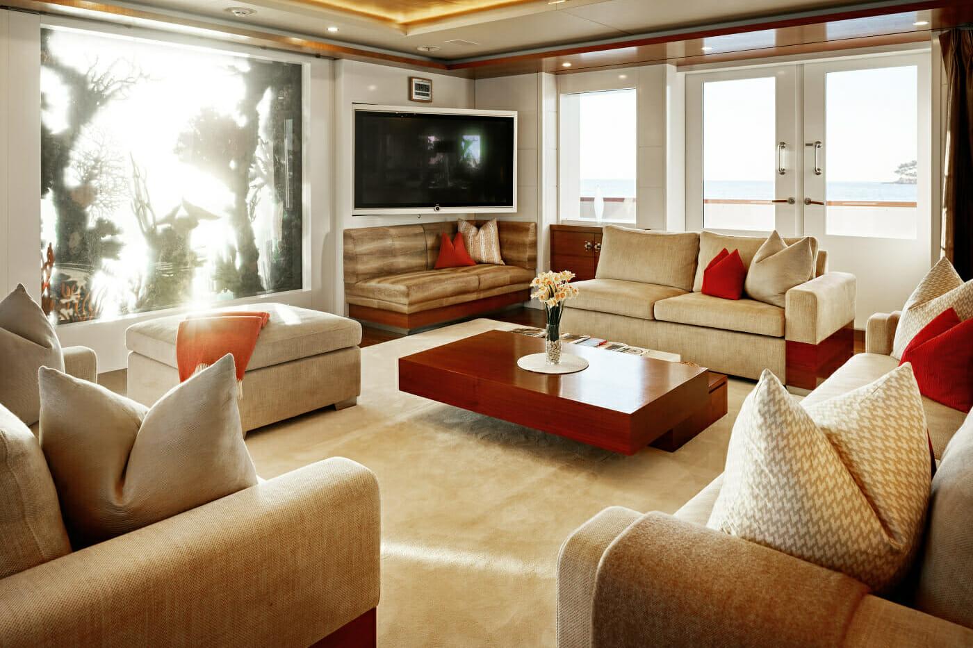 M/Y Nassima - lounge -Mediterranean