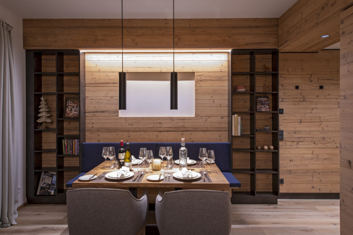 Dining table at Apartment Brunnenhof 1 in Lech