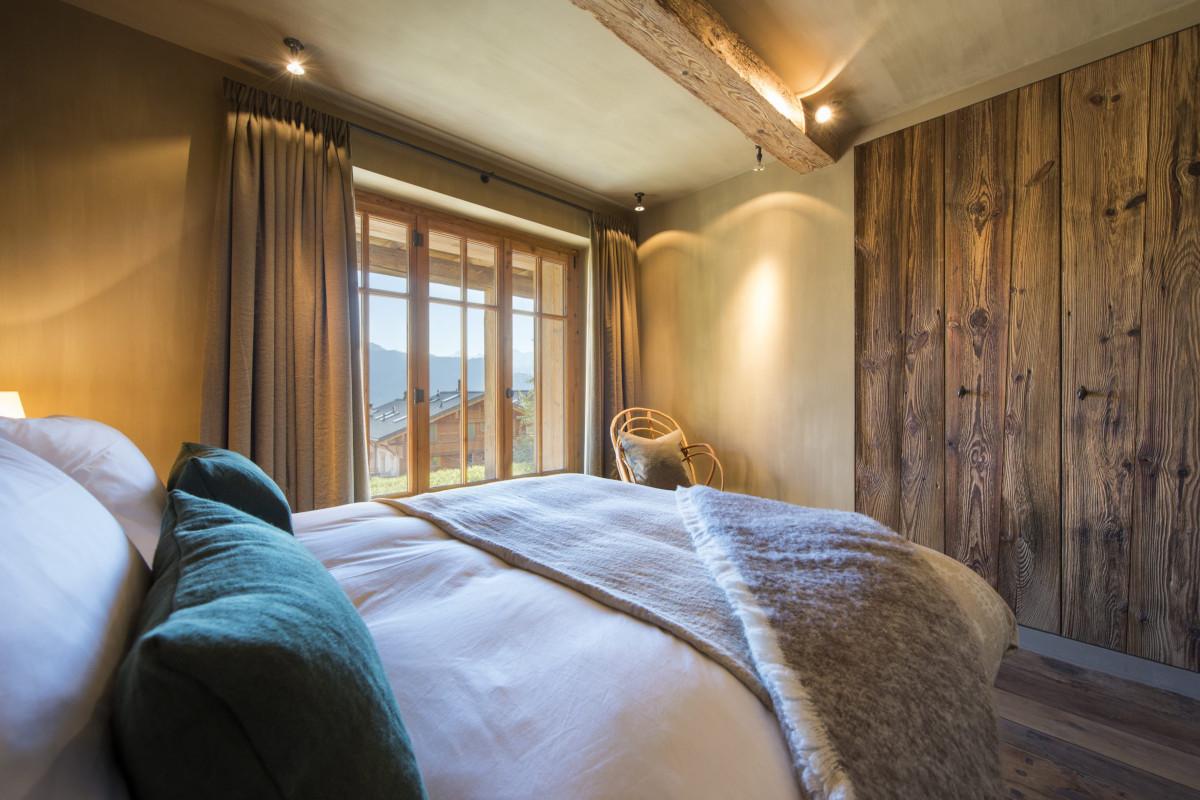 Double bedroom at Chalet Aline in Verbier