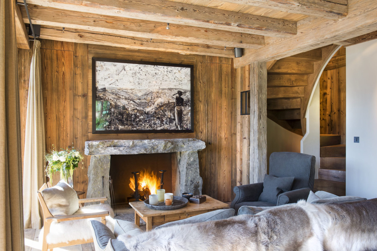 Open fire ambience at Chalet Aline in Verbier