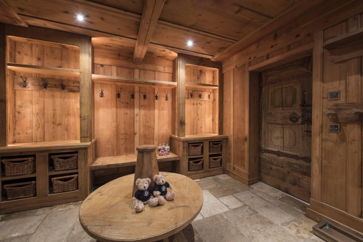 Ski room at Chalet Bella Coola in Verbier