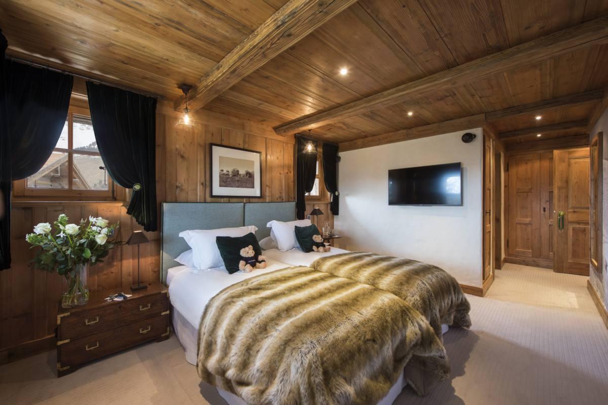 Twin/double bedroom at Chalet Bella Coola in Verbier