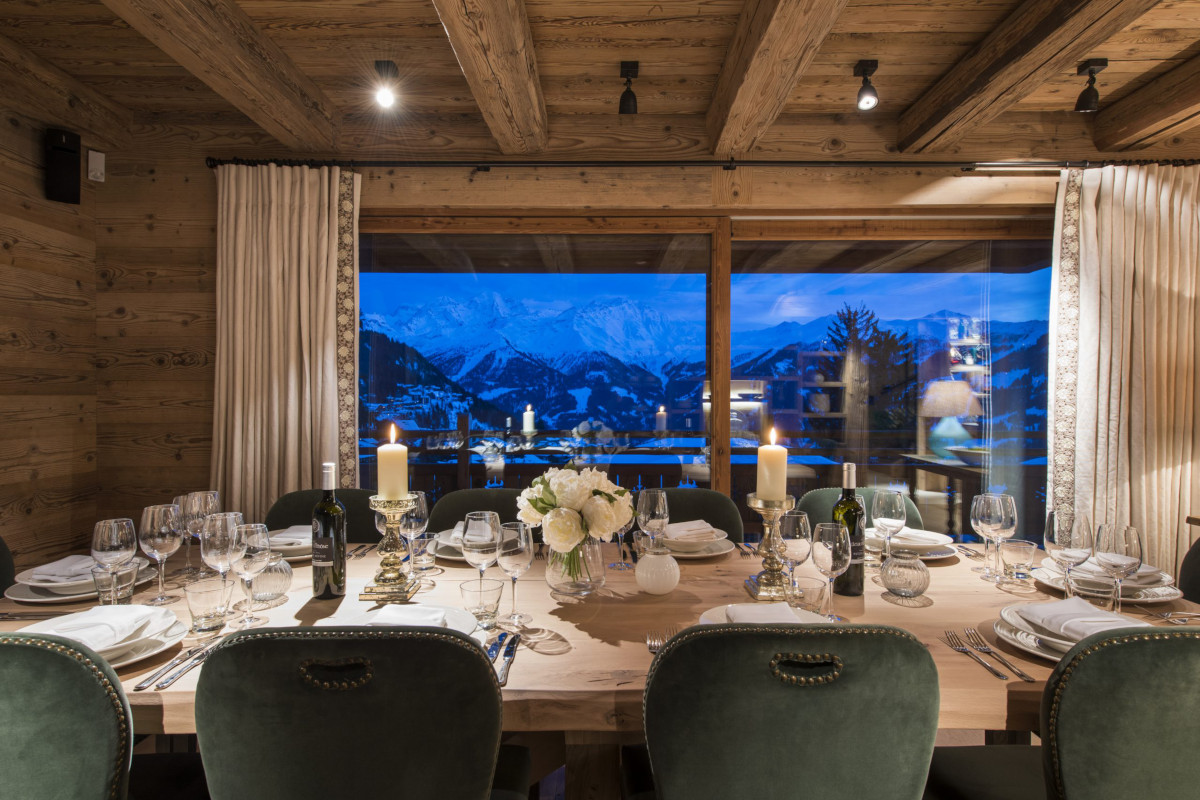 Evening dining table at chalet Bioley in Verbier