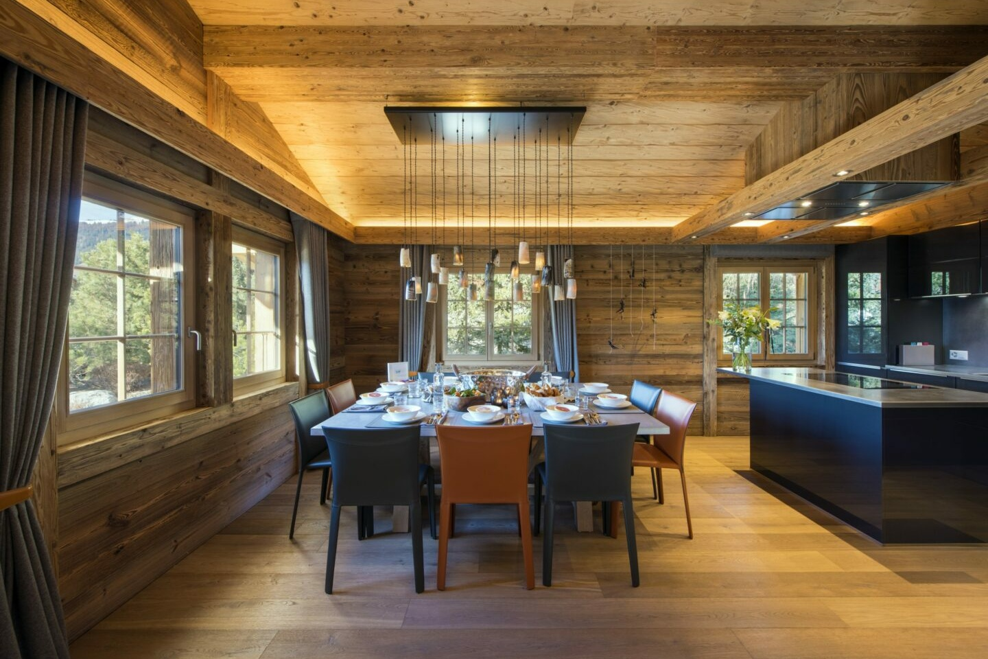 Kitchen and dining space at Chalet Daphne in Verbier