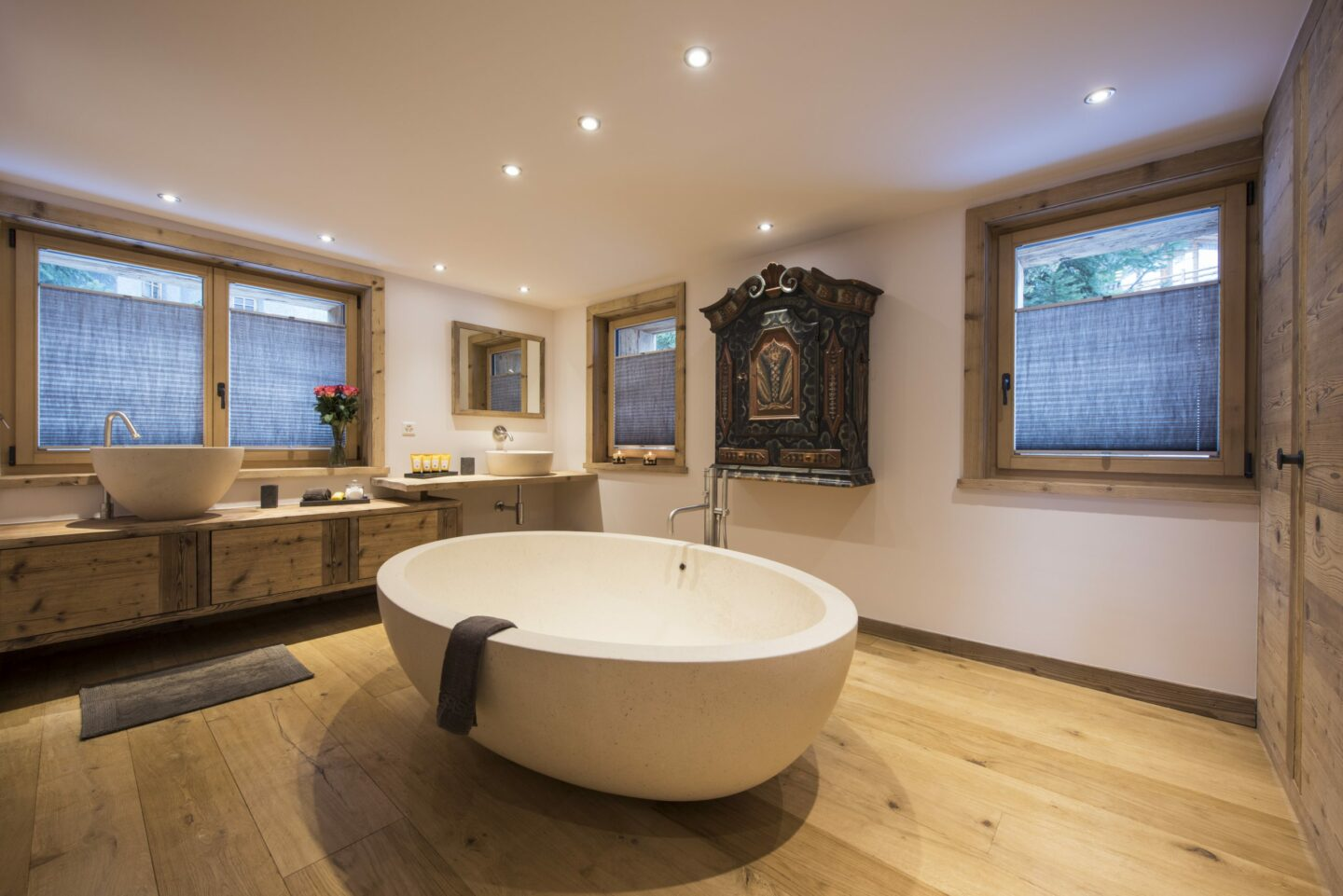Free standing bath tub at chalet Delormes in Verbier