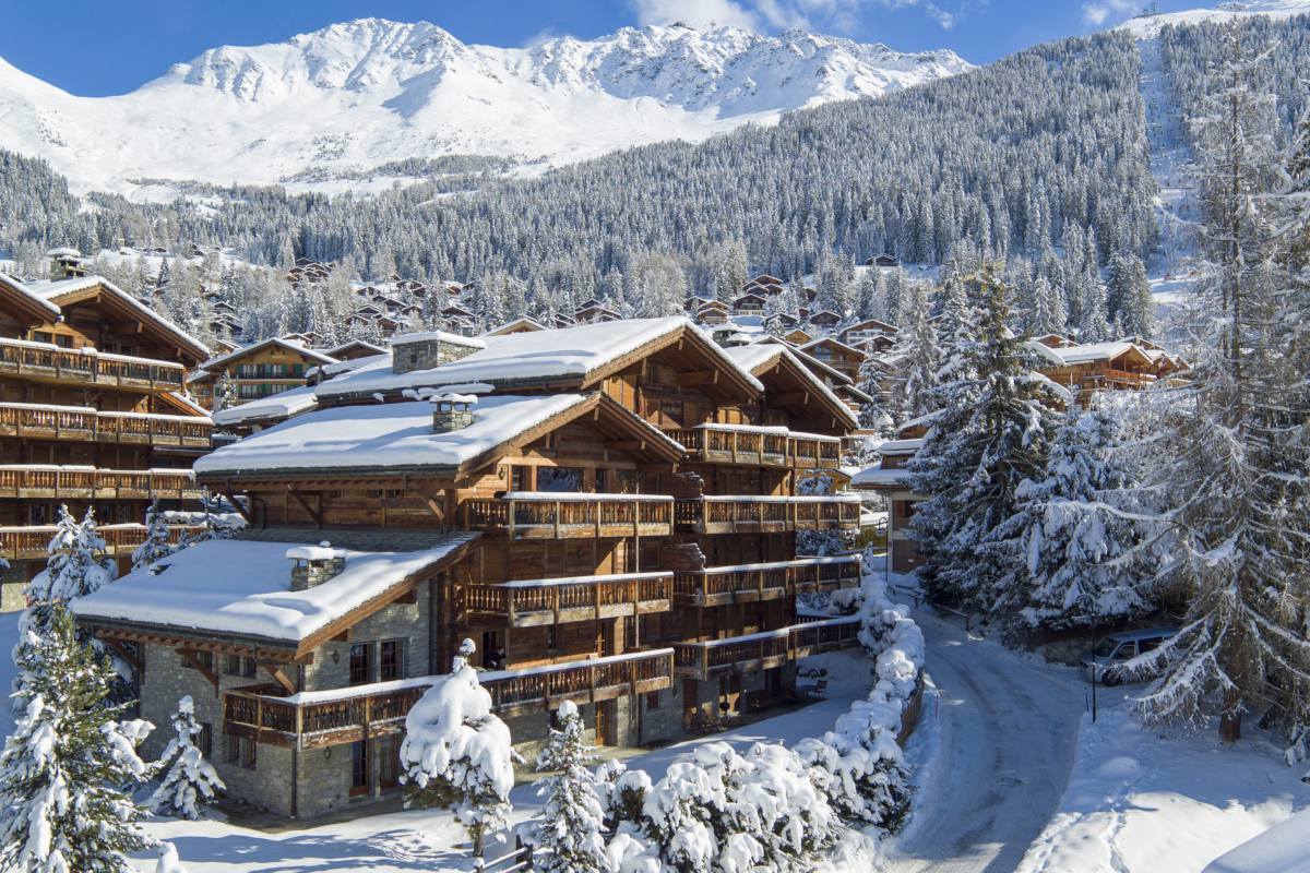 Exterior view of Apartment Ivouette in Verbier during winter