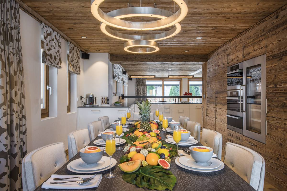 Dining table set for breakfast at Chalet La Datcha in Verbier