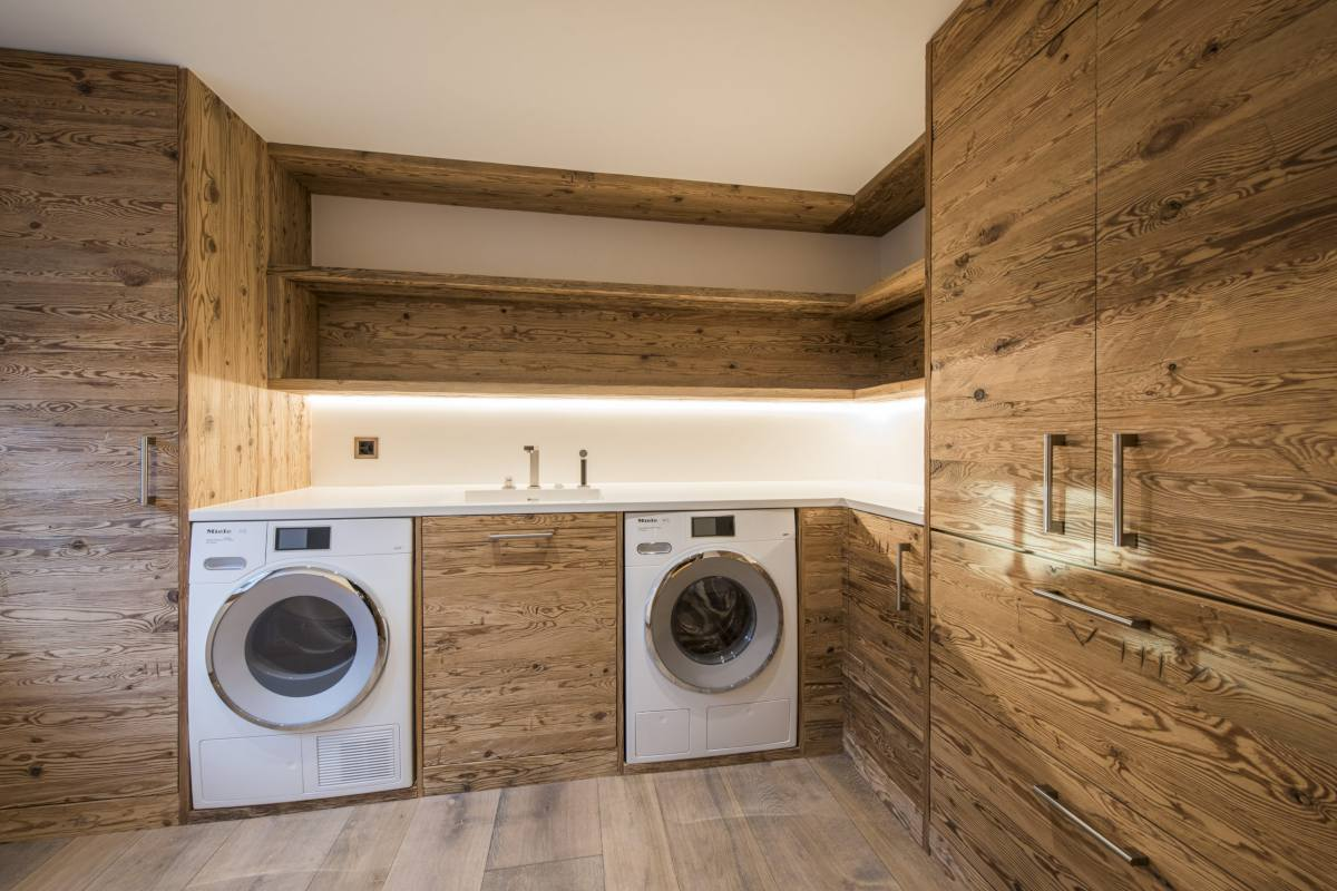 Laundry room at Chalet La Datcha in Verbier