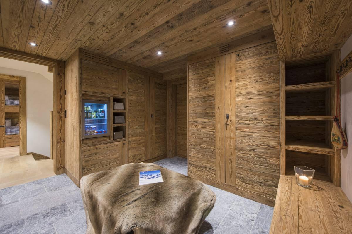 Ski room at Chalet La Vigne in Verbier