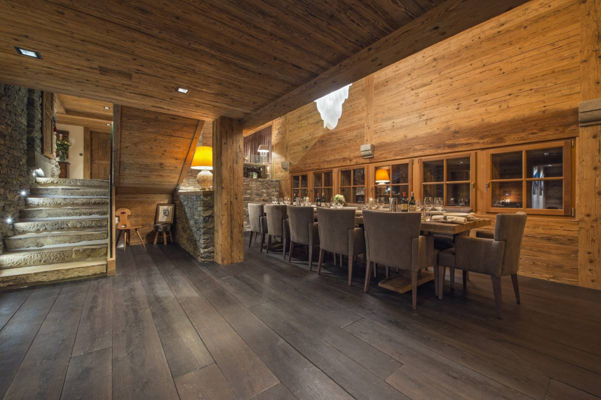 Steps down to dining area at Chalet Makini in Verbier