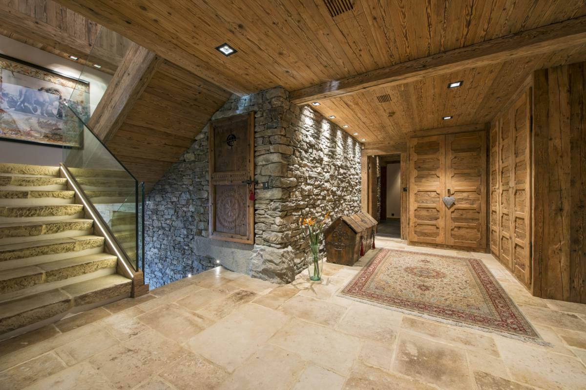 Main entrance hall at Chalet Makini in Verbier