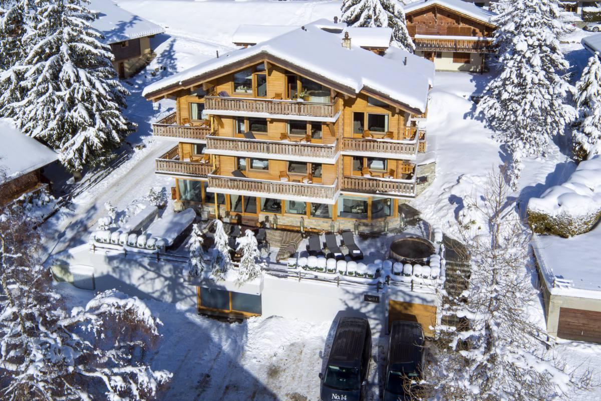 Exterior view in winter of No. 14 Verbier