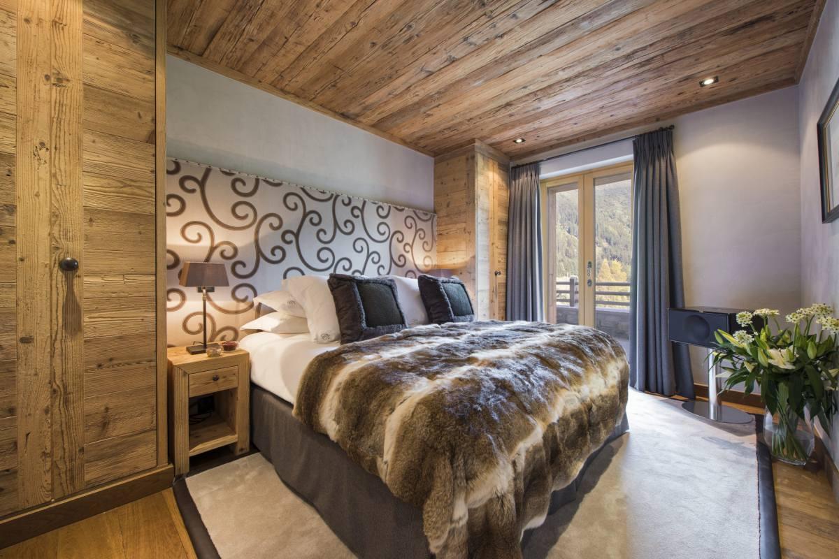 Double bedroom at Chalet Norte in Verbier