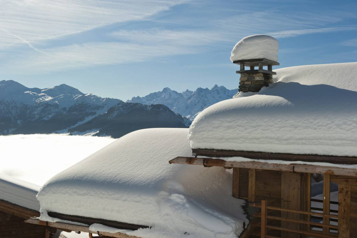Exterior and views from Chalet Norte in Verbier