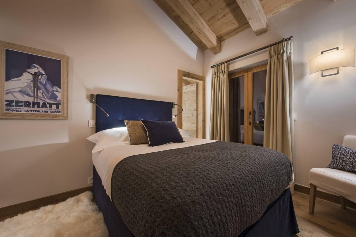 Double bedroom in Chalet Norte at The Alpine Estate in Verbier