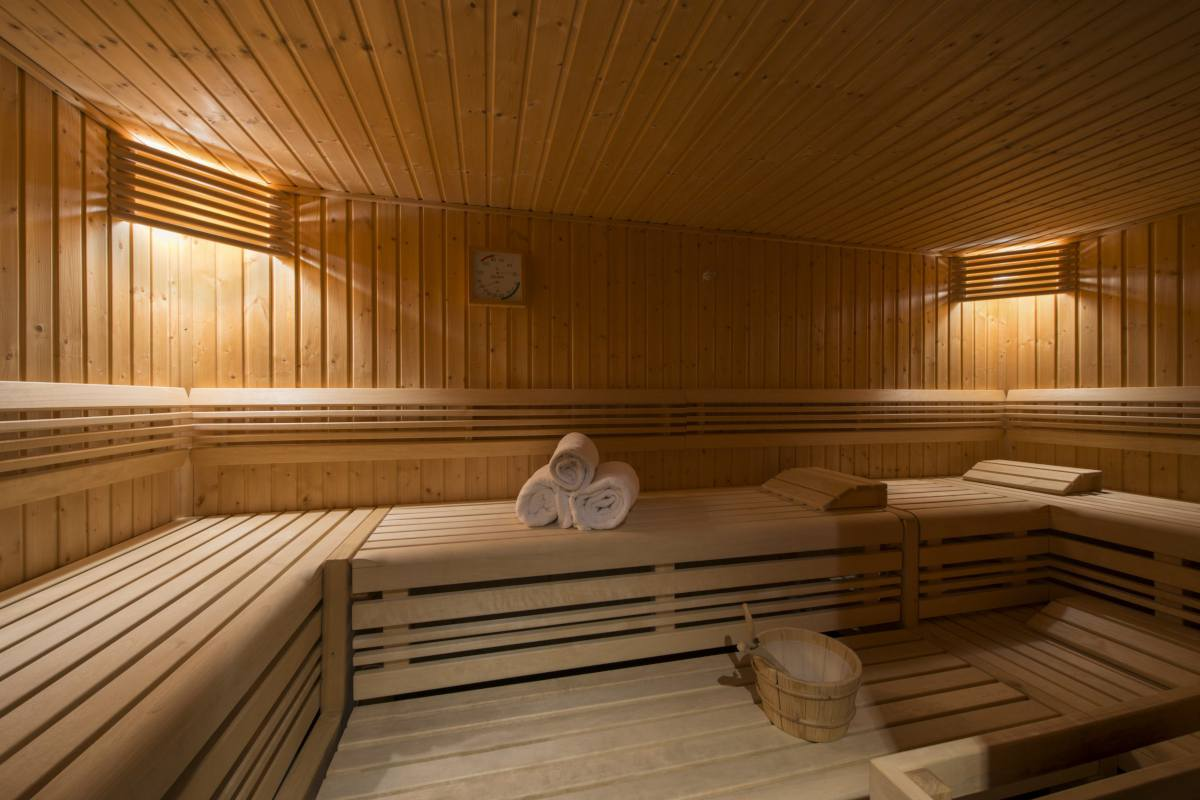 Shared spa with sauna at Apartment Victoria 111 in Verbier