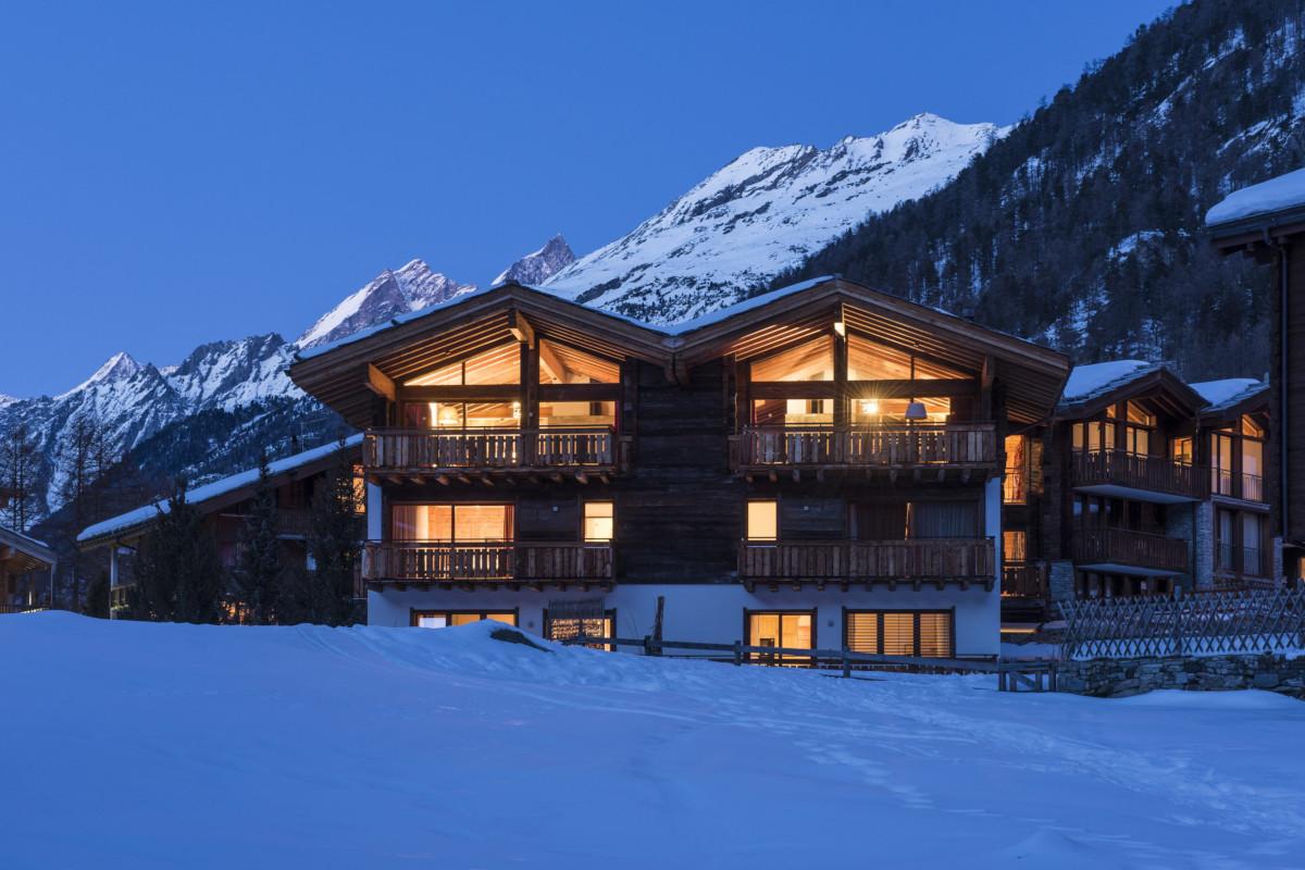 Apartment Alex with mountain back drop in Zermatt