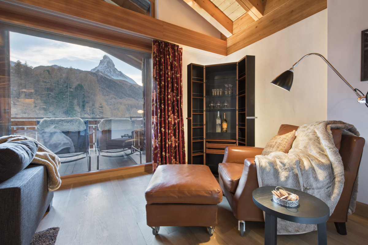 Room with balcony access and views of The Matterhorn at Apartment Alex in Zermatt