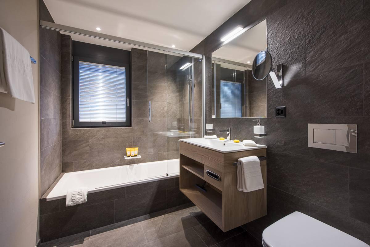 En suite bathroom at Christiania Apartment 7 in Zermatt