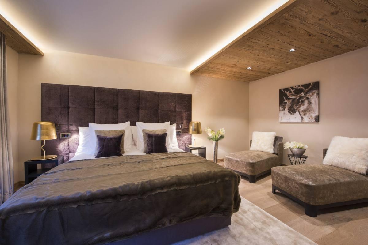 Second floor master bedroom at Chalet Elbrus in Zermatt