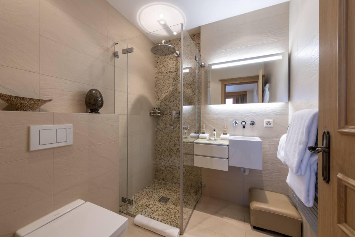 Thalia en suite shower room at Chalet Grace in Zermatt