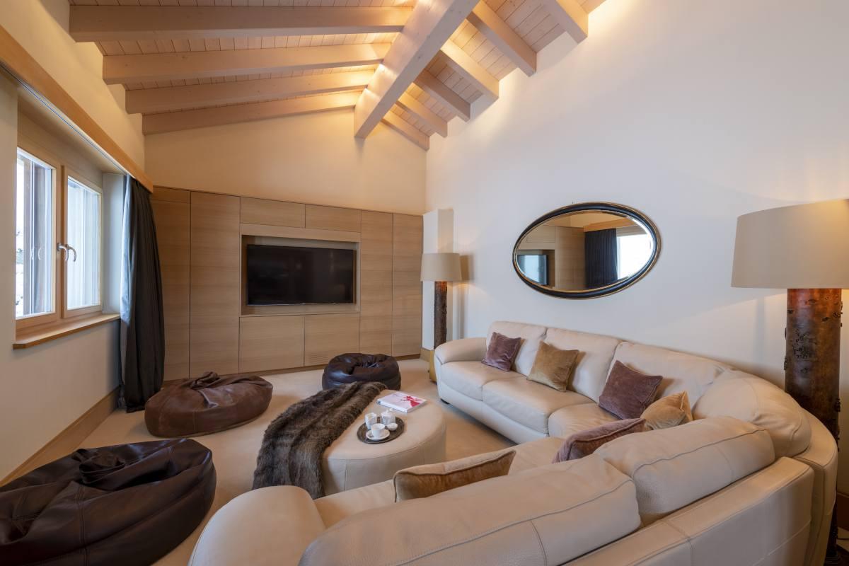 TV lounge at Chalet Grace in Zermatt