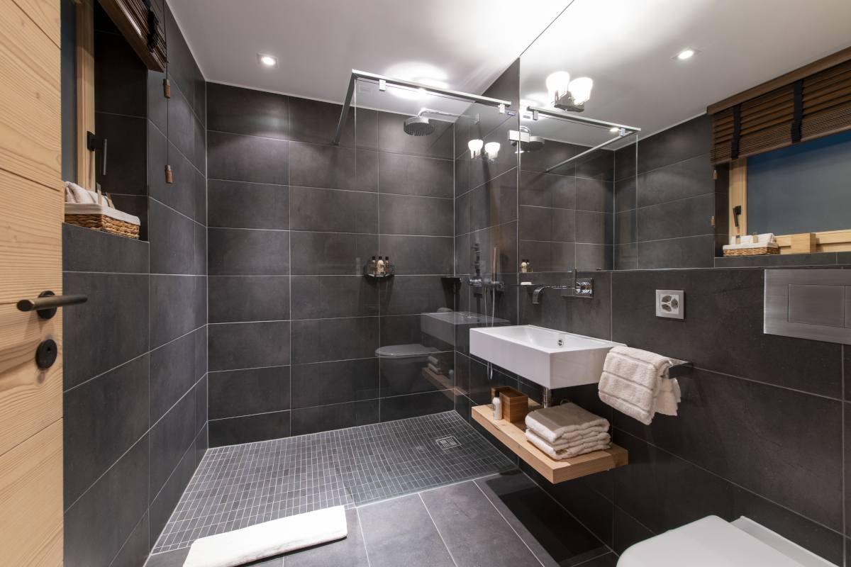 Zbriger en suite shower room at Chalet Maurice in Zermatt