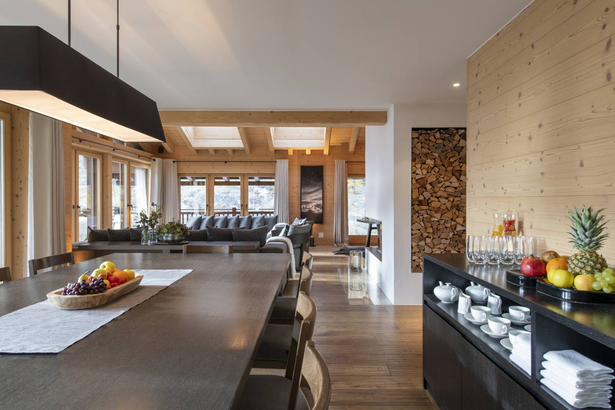 Living and dining area at Chalet Maurice in Zermatt