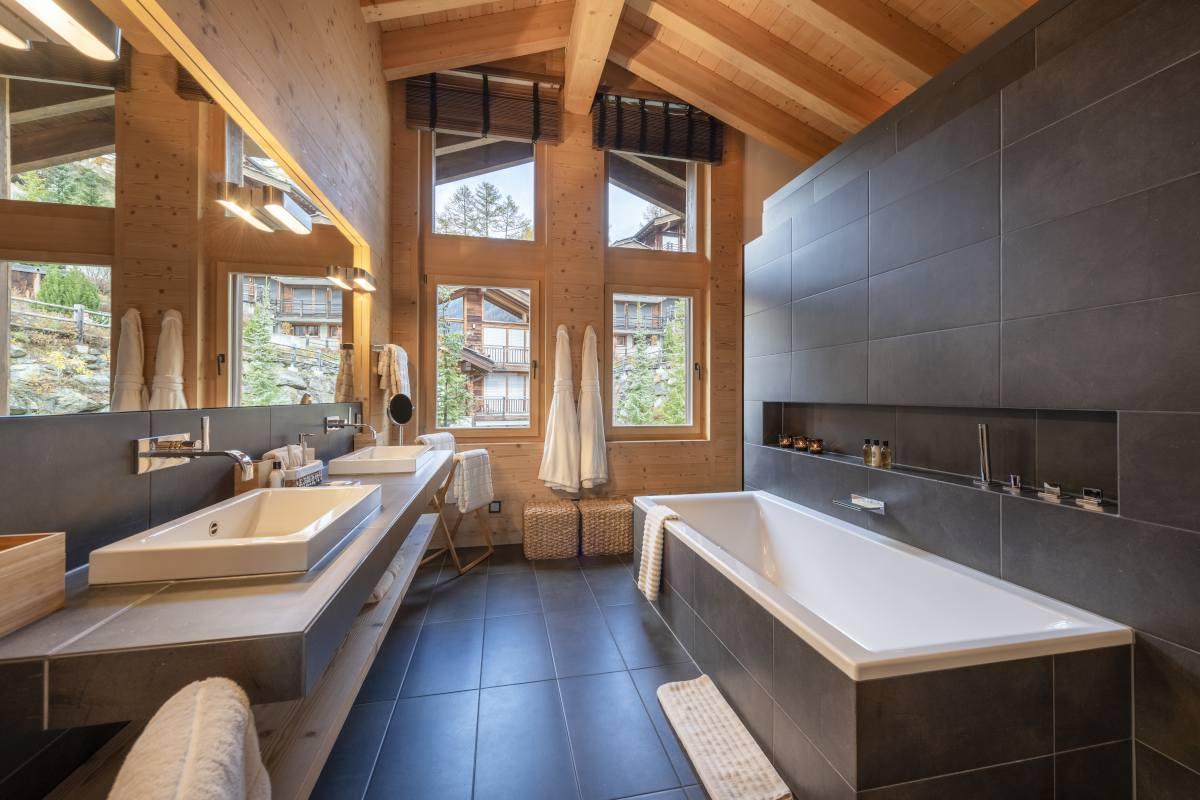 Chevalier master bathroom at Chalet Maurice in Zermatt