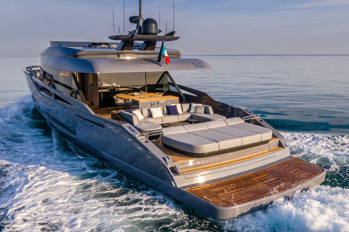 M/Y Haze built by Palumbo Super Yachts cruising the Côte d'Azur