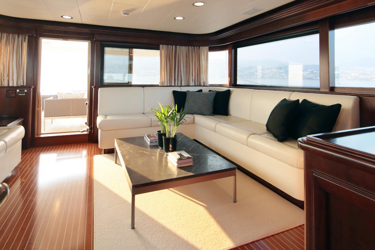 M/Y Lady Soul upper deck interior seating