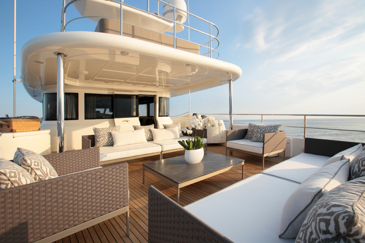 M/Y Lady Soul upper deck seating and relaxation with incredible panoramic views