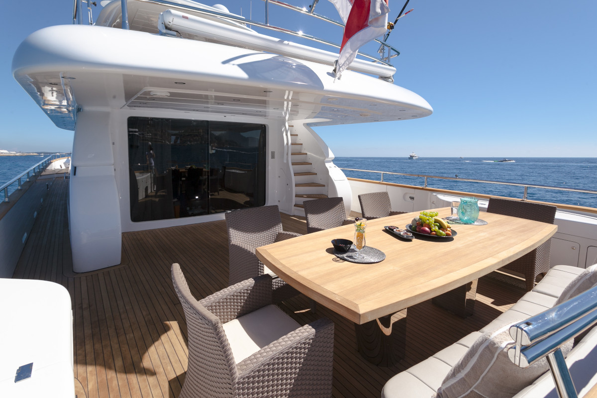 M/Y Olga I aft deck dining and entertaining space