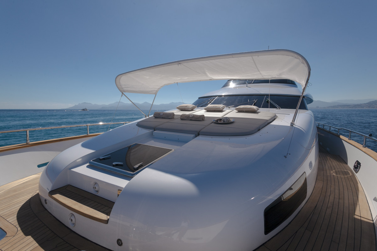M/Y Olga I sun pad's on bow of the yacht