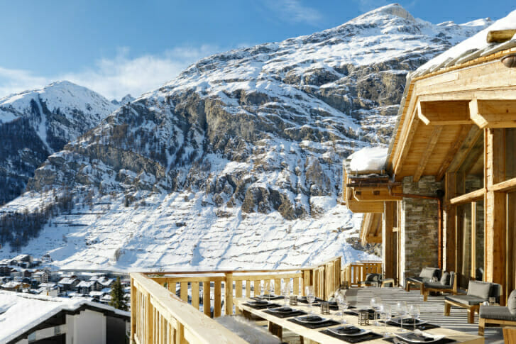 Outdoor dining with mountain views Chalet Les Anges, Zermatt