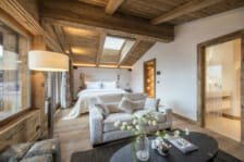 Master suite with living room and ensuite in Chalet La Datcha Verbier Master