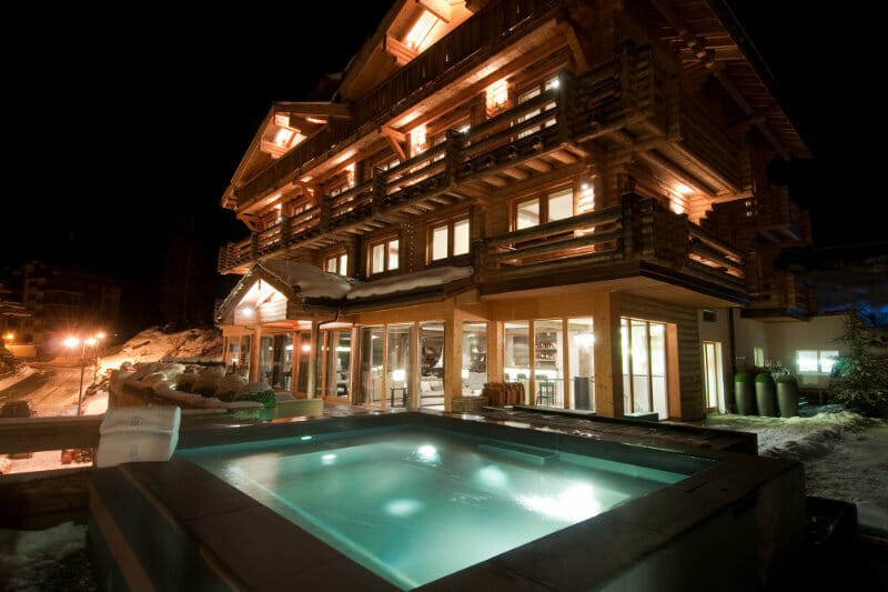 The Verbier Lodge - skiing chalet with hot tub -Verbier, Switzerland