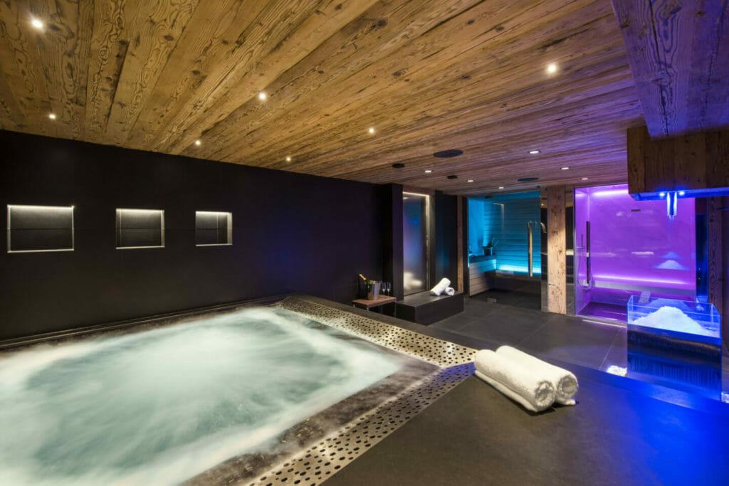 Chalet La Datcha- Spa with sauna and hot tub- Verbier, Switzerland