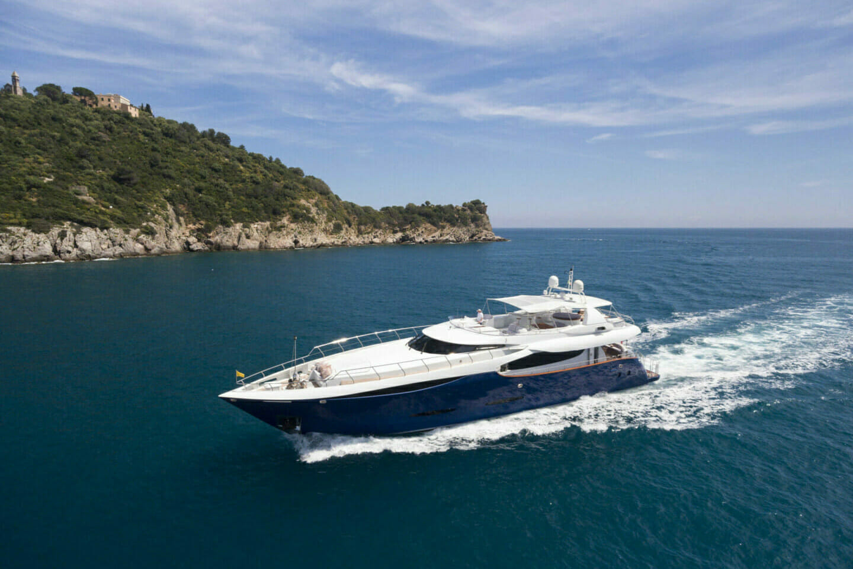 Yacht Clarity cruising to Chalamar Mediterranean Party
